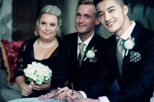 Vượt qua mọi ngăn trở từ gia đình, cả hai đã chứng minh tình yêu của họ bằng một đám cưới hạnh phúc trước sự chứng kiến của người thân và bạn bè. Hiện tại, cả hai đang sinh sống và làm việc tại New Zealand.