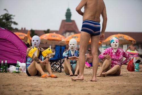 jp-masks1-popup-9433-1402548716.jpg