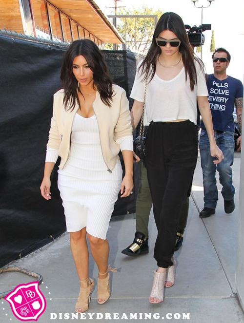 Kim-Kardashian-Kendall-Jenner-3900-1336-
