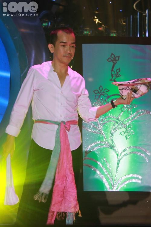 Minh Thuận sẽ tiếp tục phát huy thế mạnh về diễn xuất và giả giọng miền Bắc với sư hóa thân thành NSUT Xuân Hinh