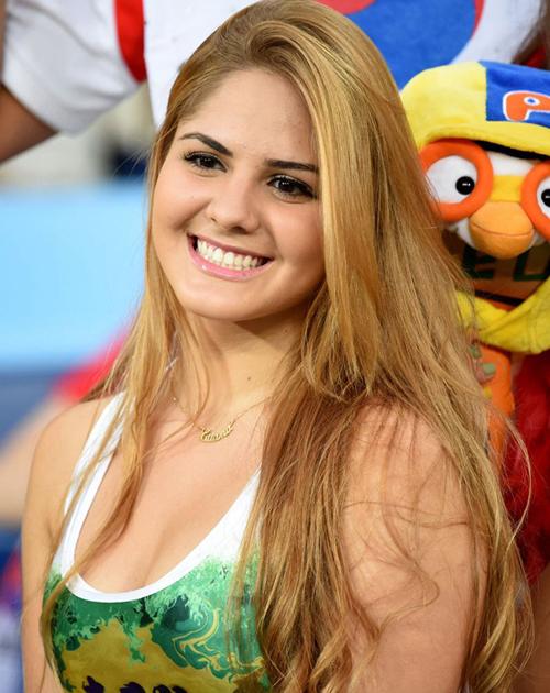 Vẻ đẹp dịu dàng của cô gái Nga.