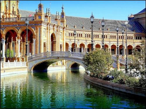 Seville (Tây Ban Nha).