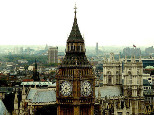 London (Anh).