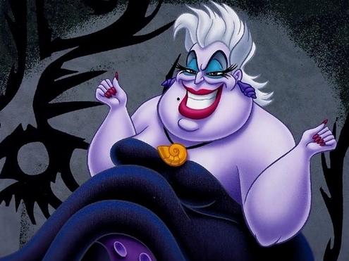 5. Thực tế, mụ bạch tuột Ursula là em gái ruột của vua Triton  cha của Ariel. Nhưng nội dung này đã bị cắt trong bản chính của bộ phim Nàng tiên cá.
