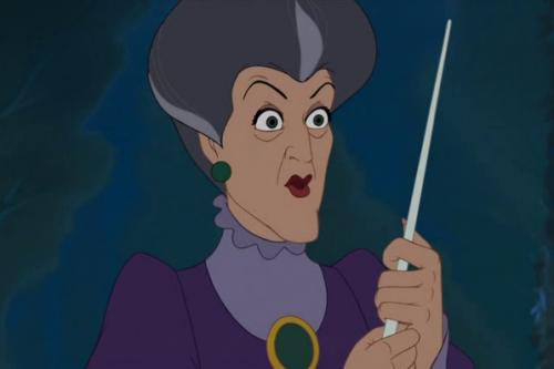 14. Bà mẹ kế của lọ lem được vẽ thật hơn so với các nhân vật phản diện còn lại trong phim nhằm tạo hiệu ứng mạnh cho người xem