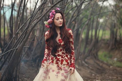 Thừa thắng xông lên, Bảo Anh cùng Hoàng Tôn nhanh chóng hoàn thành MV cho ca khúc này và chính thức cho ra mắt trong hôm nay - 18/7.