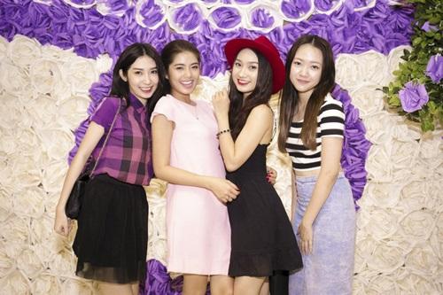 KHONG-TU-QUYNH-DAM-PHUONG-LINH-4701-5474