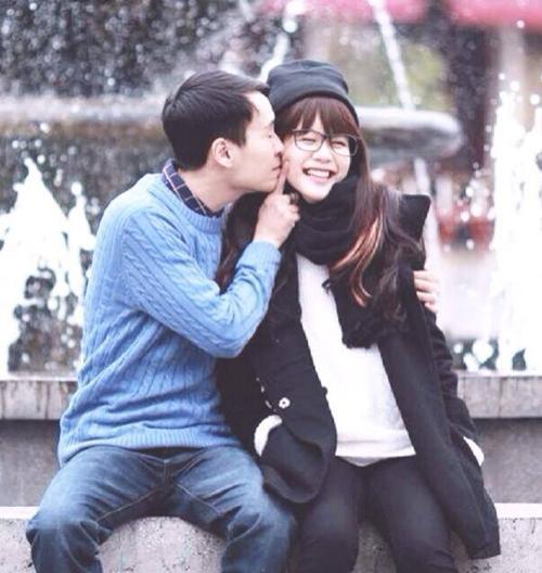Câu chuyện tình của Toàn với vlogger An Nguy cũng được quan tâm. Họ công khai yêu nhau hồi tháng 2/2014. Tuy nhiên, thời gian gần đây cặp đôi ít xuất hiện, với nhiều thông tin cho rằng họ đã chia tay. Hiện An Nguy đang ở Mỹ. Khoảnh khắc đẹp của cả hai sẽ là điều khiến fans nuối tiếc.