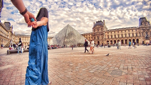 Bảo tàng Louvre.