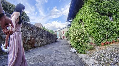 Làng cổ Yvoire ở Pháp.