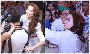 Hồ Ngọc Hà đùa giỡn thân mật, chụp ảnh cùng fans