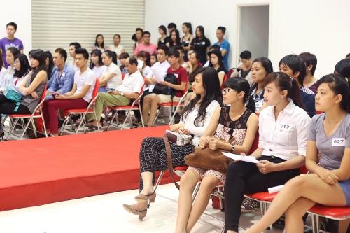 Cuối tuần qua, buổi casting các gương mặt người mẫu mới triển vọng do Trung tâm đào tạo và Quản Lý Người mẫu và Nhân tài CA3 tổ chức tại TP HCM.