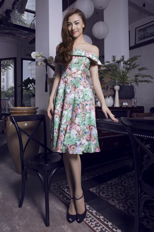Bộ ảnh được thực hiện bởi stylist Tân Đà Lạt, nhiếp ảnh gia Tiên Nguyễn, make-up Bi Gin.