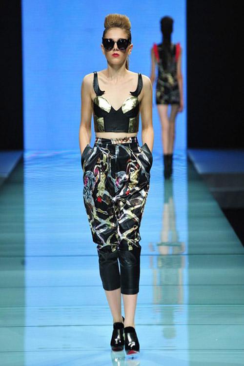 Khi lên sàn diễn, Magda thể hiện phong thái rất lạnh lùng, chuyên nghiệp, khác hẳn với vẻ búp bê thường thấy. Hiện tại, mẫu Tây này vẫn tiếp tục phát triển sự nghiệp người mẫu tại Việt Nam. Đến năm 2015, cô nàng sẽ quay lại Milan làm việc.