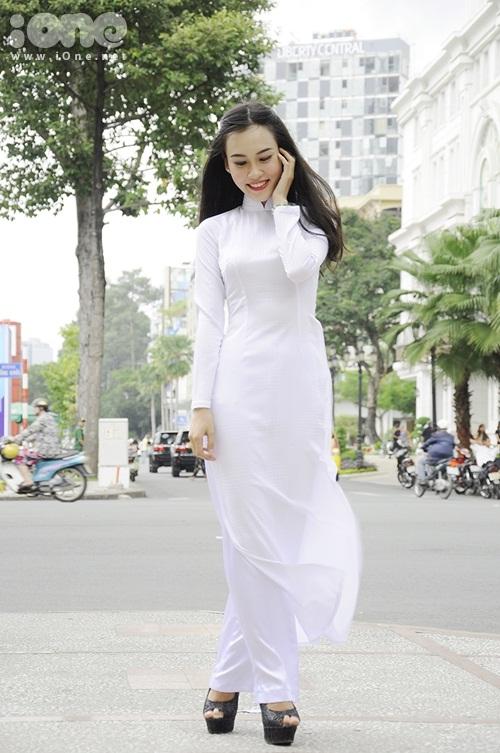 Thuy-Tien-4-2000-1408931617.jpg