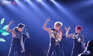 Những khoảnh khắc đẹp xuất thần của JYJ trong concert