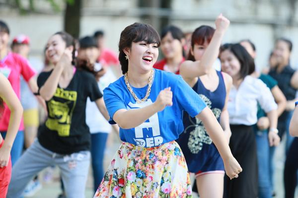 Bao-Tram-idol-JPG-9515-1410169429.jpg