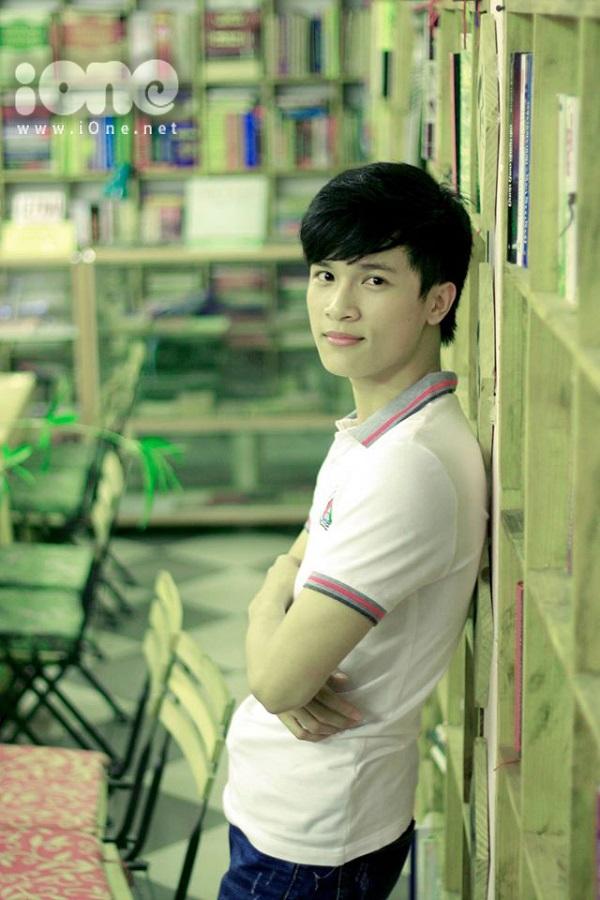 Ngoài công việc học tập, Vương còn rất tích cực tham gia các hoạt động tình nguyện, thiện nguyện, các hoạt động xã hội khác.