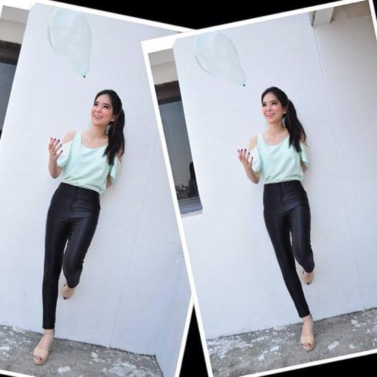 Là sinh viên ngành kỹ thuật đầy nam tính nhưng phong cách đời thường của cô nàng này vẫn rất nhẹ nhàng đúng kiểu con gái. Đây cũng là một trong những lý do Nansasira trở thành hot girl ở trường đại học và cả trên mạng xã hội.