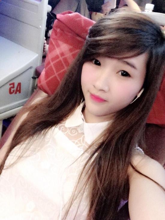 Hot-girl-banh-trang-10-4064-1410503731.j