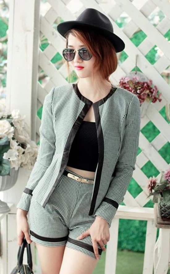 Hot-girl-banh-trang-4-9989-1410503730.jp