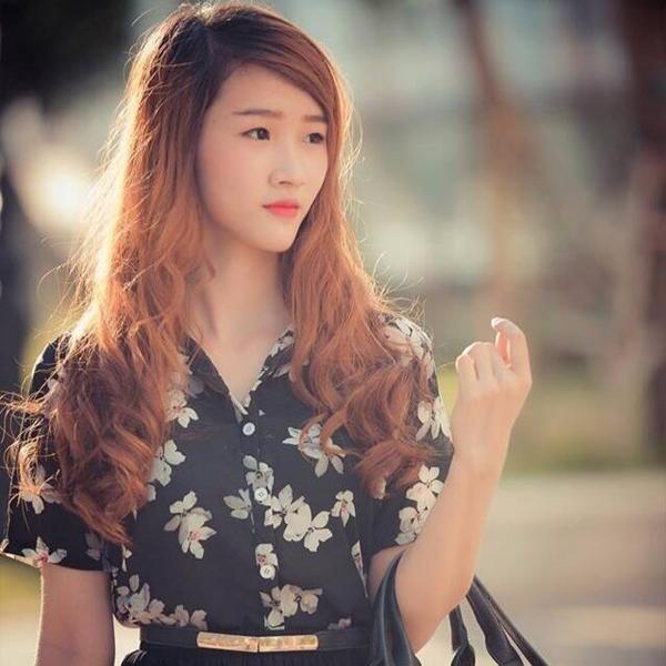 Hot-girl-banh-trang-5-3083-1410503730.jp