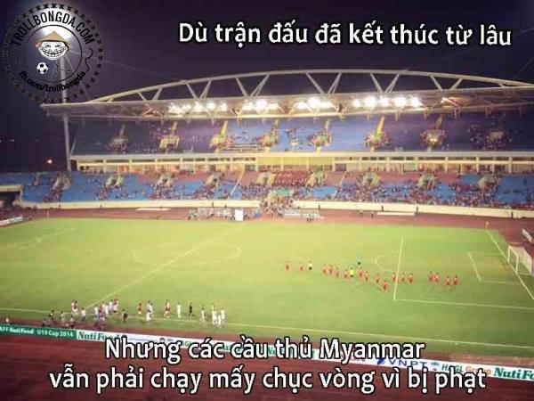 Ảnh chế giễu các cầu thủ Myanmar sau trận thua 4-1 tại vòng bán kết.