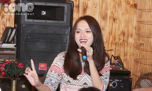 Hương Giang công khai kể xấu bạn trai trước fans