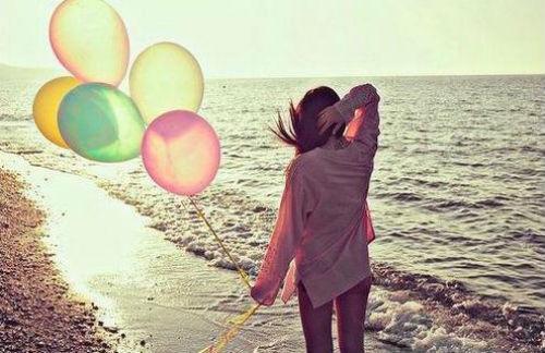 sad-alone-girl-in-love-17-5647-141095406