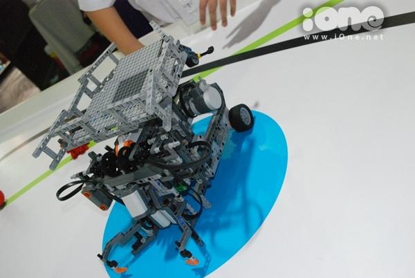 Chien-binh-robot-11-6690-1411295323.jpg