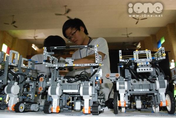 Chien-binh-robot-12-6390-1411311945.jpg