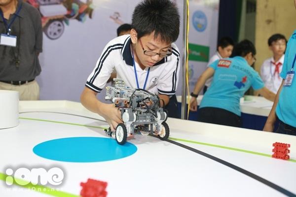 Chien-binh-robot-17-JPG-6604-1411295324.