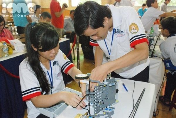 Chien-binh-robot-4-3869-1411311945.jpg