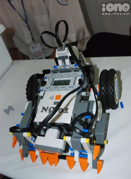 Chien-binh-robot-8-3367-1411295323.jpg