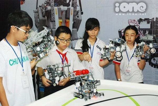 Chien-binh-robot-9-6751-1411311946.jpg