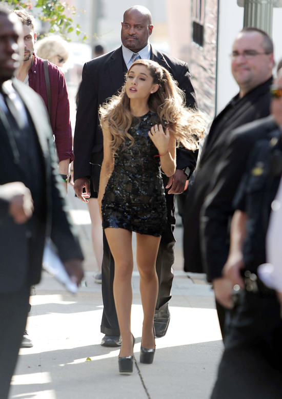 Ariana-Grande-Grammy-Awards-20-9557-8849