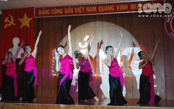 Hoang-Yen-Chibi-iOne-13-8410-1411349368.