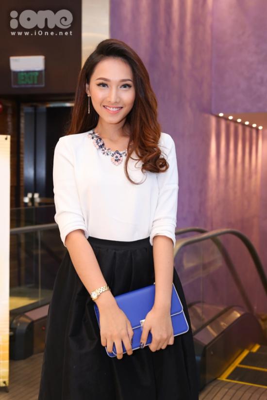 Tô Uyên Khánh Ngọc - giải đồng Siêu mẫu 2013 thanh lịch với gu thời trang tối giản.