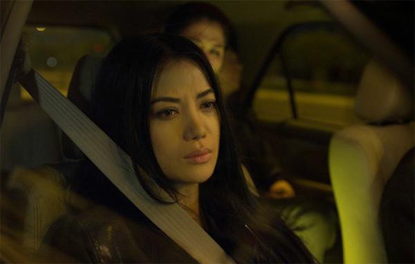 Với hơn 1000 giờ quay cùng bối cảnh phim được thực hiện trải dài ở Bắc  Trung - Nam, Hương Ga là kết quả của hơn 3 năm ấp ủ kịch bản lẫn đưa vào sản xuất của ekip thực hiện. Trong đó, các bối cảnh chính phần lớn là tại hai khu vực Bắc  Nam, là những nơi hoạt động mạnh mẽ của bà trùm Hương Ga mà bộ phim muốn nhắc đến.