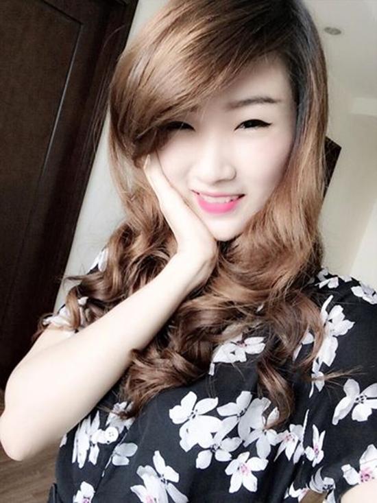 Hot-girl-banh-trang-6-9650-141-5781-9119