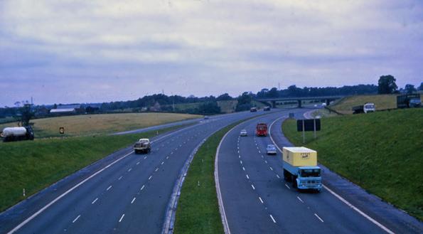 M6 - con đường dài nhất nước Anh cũng mang nhiều câu chuyện kỳ bí về hiện tượng tâm linh.