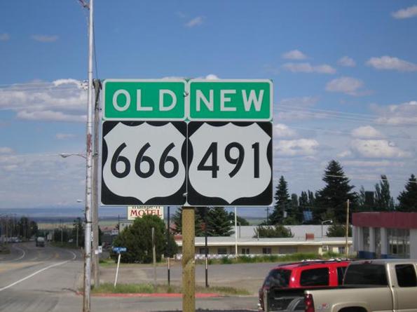 Cao tốc 666, bang Utah, Mỹ đã được đổi tên mới -