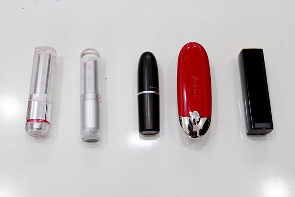 5 màu son bạn ấy yêu thích là Hồng da, Hồng cánh sen, Cam tươi, Đỏ cờ, đỏ bầm.