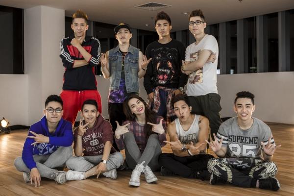 Hồ Ngọc Hà cũnglần đầu tiên trình diễn ca khúc My Baby trong đêm diễn tour xuyên Việt tại TP HCM và nhận được sự hưởng ứng nồng nhiệt từ khán giả.