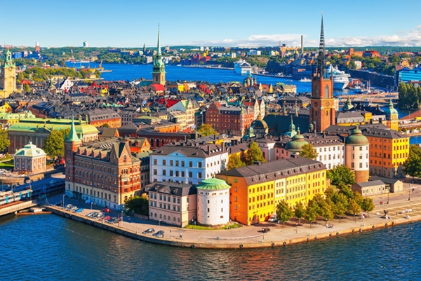 Stokholm, Thụy Điển là một trong những thủ đô đẹp nhất thế giới với những tòa nhà, lâu đài nhiều màu sắc như trong truyện cổ tích.