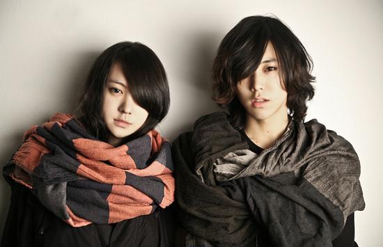 Park Ji Ho và Ryu Hye Ju là cặp đôi ulzzang vô cùng được hâm mộ ở xứ sở kim chi. Ngoài sự tương xứng về nhan sắc, 2 người còn được lòng cư dân mạng vì thời gian gắn bó lâu dài và độ tình củm, hợp rơ khó có cặp đôi nào bì được.