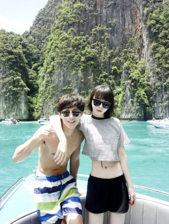 Đẹp đôi, sành điệu và cá tính, có thể nói Ji Ho và Hye Ju đã trở thành cặp đôi lý tưởng trong mơ của đông đảo bạn trẻ xứ Hàn.