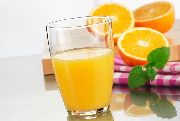 Những sai lầm khi uống nước cam