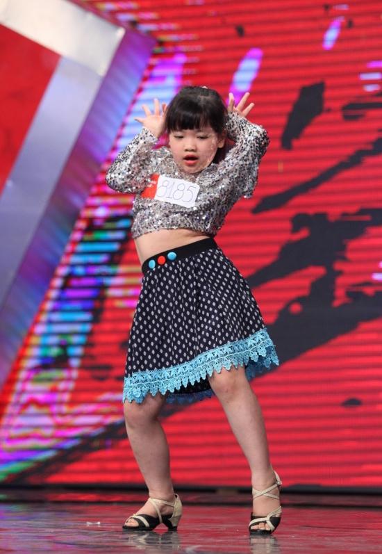 Vietnam-s-Got-Talent-2_1413804942.jpg