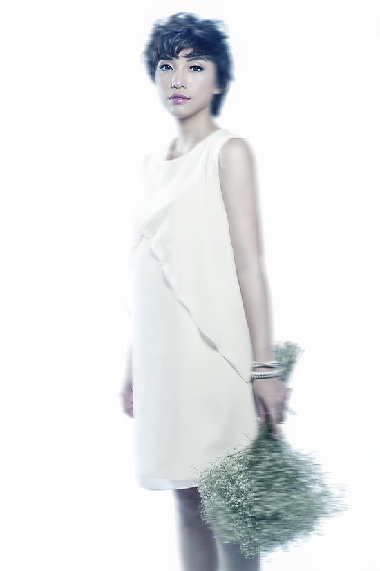 Sau thành công của đêm nhạc, Tiêu Châu Như Quỳnh quyết định gửi đến khán giả ca khúc mới nhất do chính cô chấp bút mang đầy chất tự sự và cảm xúc thật - Lời em kể. Lời em kể là lời tự sự trong tình yêu của cô gái về một chuyện tình đã qua nhưng vẫn còn đó những nỗi niềm chất chứa trong lòng và luôn muốn được bày tỏ. Đây cũng là ca khúc được viết từ chính câu chuyện có thật của Tiêu Châu Như Quỳnh, không thể nói bằng lời, cô truyền cảm xúc của mình vào trong âm nhạc và những lời hát.